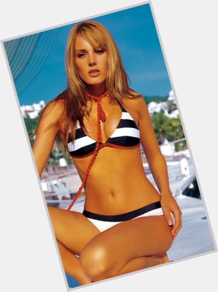"<a href=""/hot-women/rebeca-tamez/where-dating-news-photos"">Rebeca Tamez</a>"
