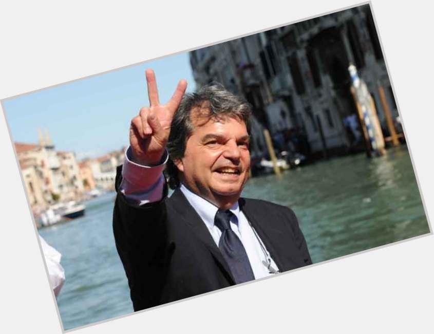 "<a href=""/hot-men/renato-brunetta/where-dating-news-photos"">Renato Brunetta</a> Average body,  salt and pepper hair & hairstyles"