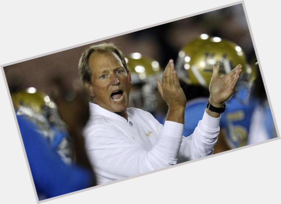 champaign jewish girl personals Only lads is a renowned gay and bisexual chat and dating service for men find new friends and dates in your area we have over a million members chatting and dating on our gorgeous apps and our website.