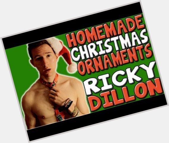 Ricky Dillon light brown hair & hairstyles Athletic body,