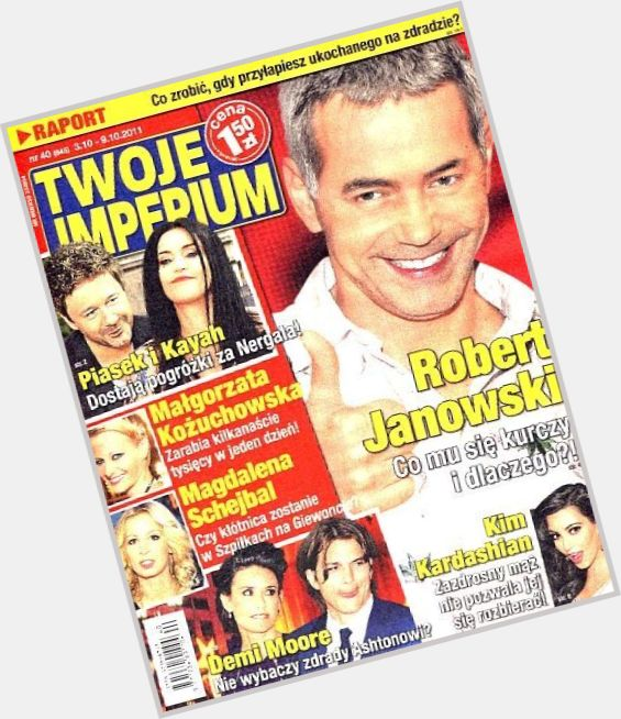 Robert Janowski new hairstyles 3.jpg