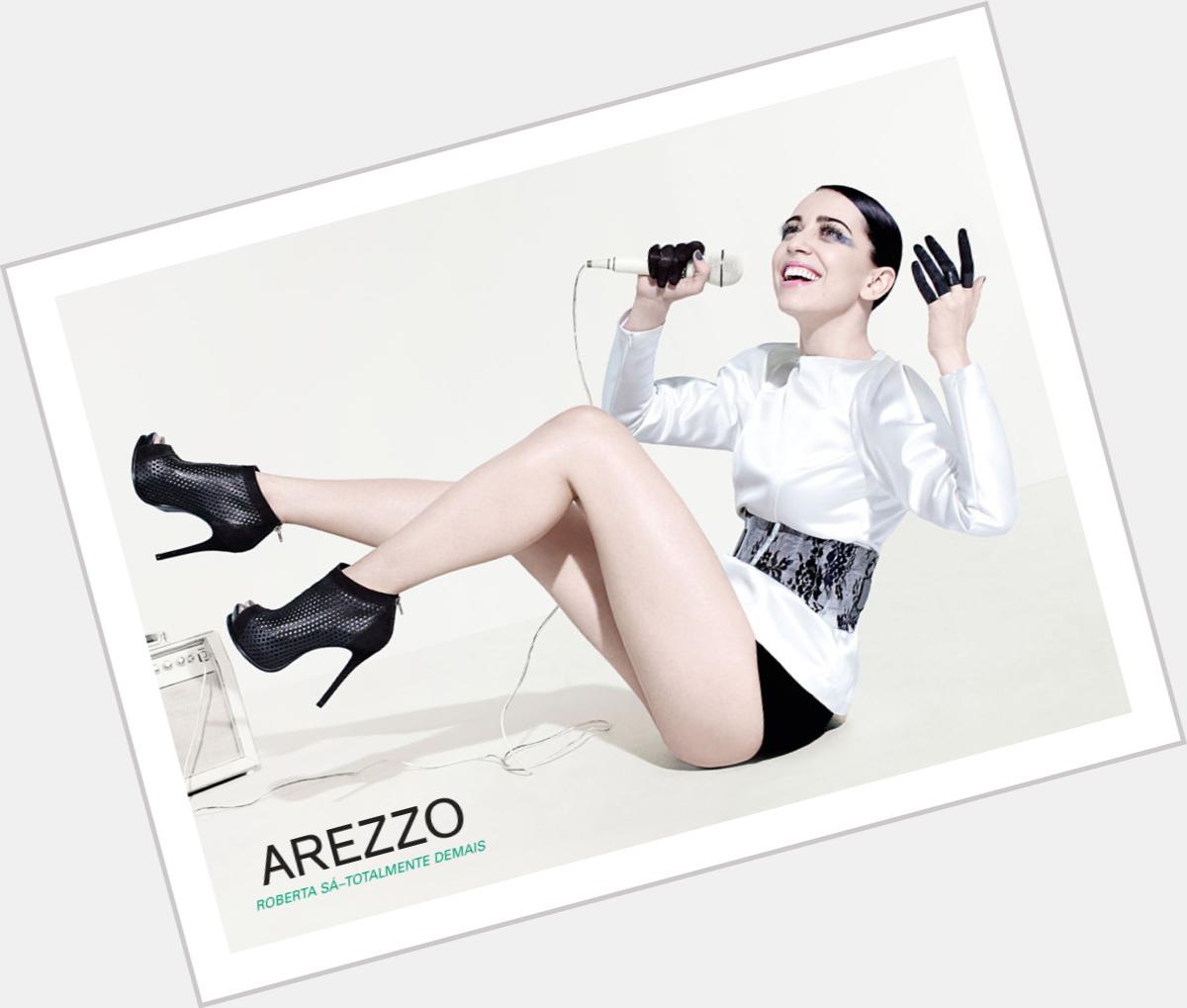 "<a href=""/hot-women/roberta-sa/is-she-married-tall-there-saint"">Roberta Sa</a> Slim body,  dark brown hair & hairstyles"