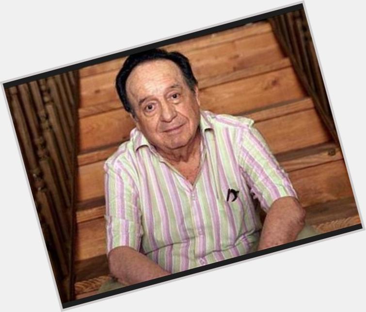 Roberto Bolanos sexy 3.jpg