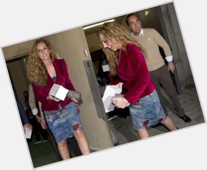 """<a href=""""/hot-women/rocio-carrasco/where-dating-news-photos"""">Rocio Carrasco</a> Slim body,  light brown hair & hairstyles"""