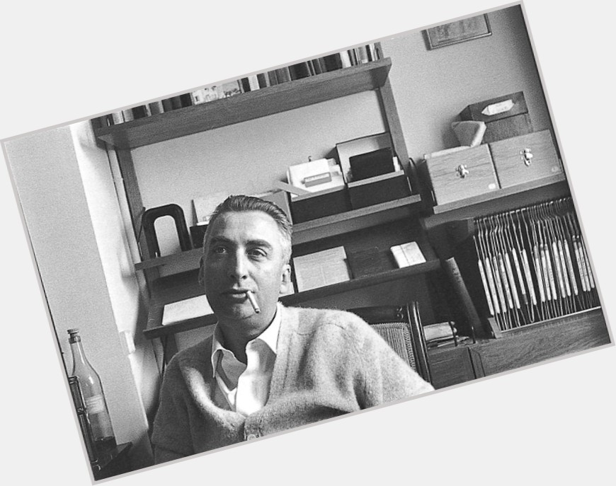Roland Barthes body 7.jpg