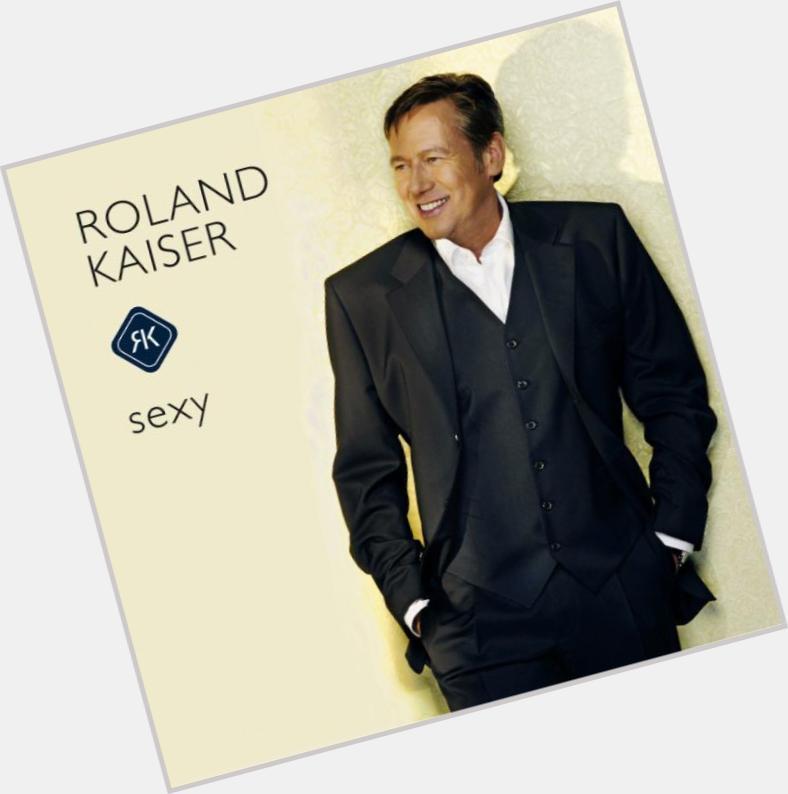 """<a href=""""/hot-men/roland-kaiser/is-he-hoe-oud-wie-alt"""">Roland Kaiser</a>"""