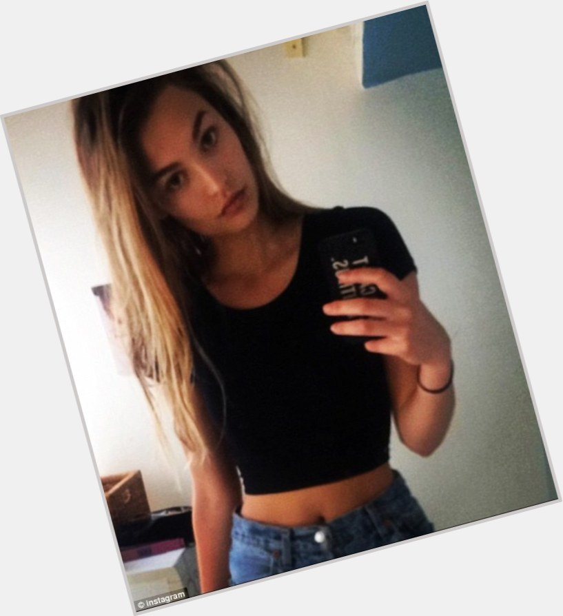 "<a href=""/hot-women/roosmarijn-de-kok/where-dating-news-photos"">Roosmarijn De Kok</a>"