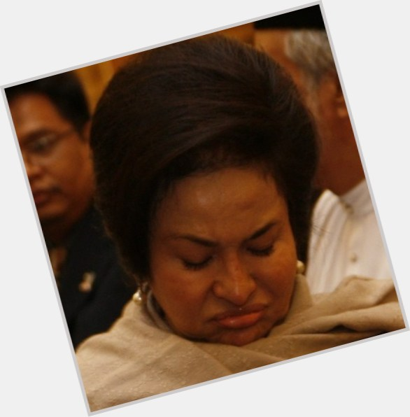 What Bad Plastic Surgery Caused Rosmah Mansor's Distorted ...