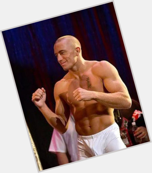 "<a href=""/hot-men/royce-gracie/where-dating-news-photos"">Royce Gracie</a> Athletic body,  dark brown hair & hairstyles"