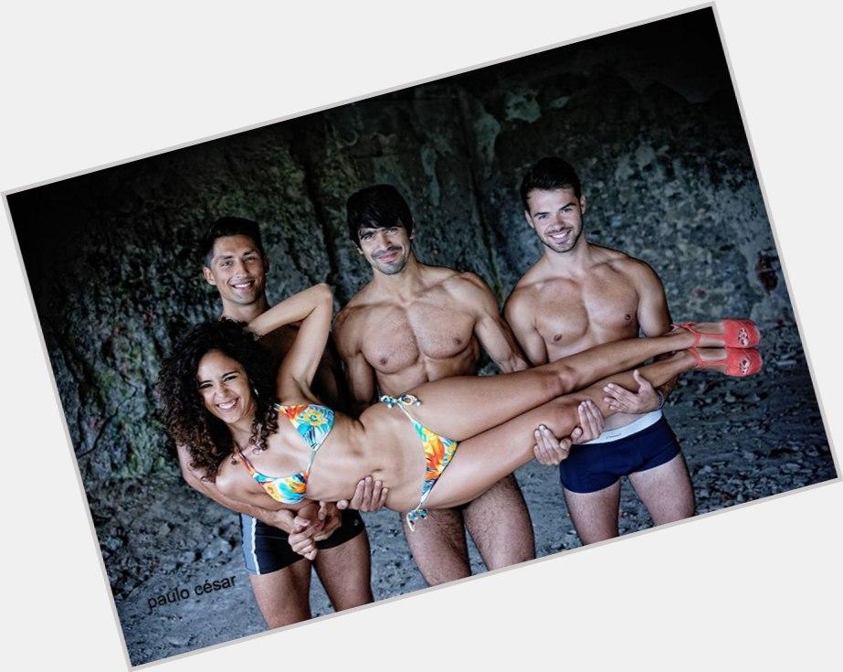 """<a href=""""/hot-men/ruben-boa-nova/where-dating-news-photos"""">Ruben Boa Nova</a> Athletic body,  dark brown hair & hairstyles"""