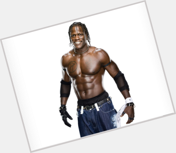 r truth logo 3.png