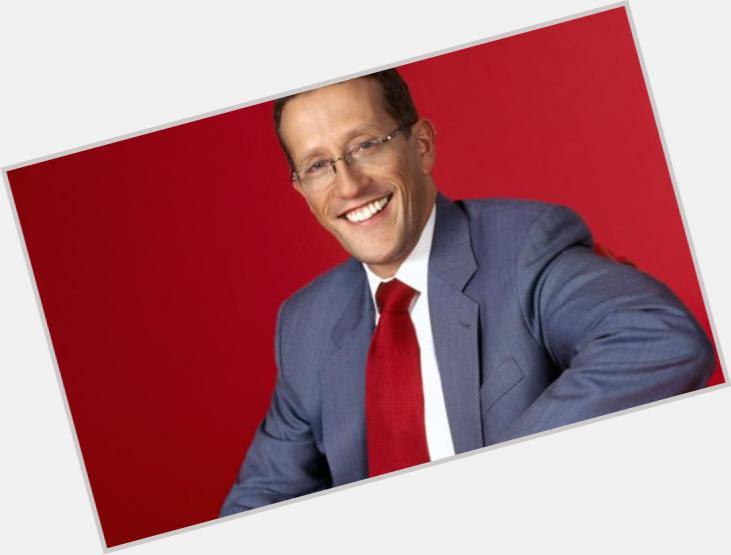 "<a href=""/hot-men/richard-quest/is-he-gay-leaving-cnn-married-british-where"">Richard Quest</a> Slim body,  light brown hair & hairstyles"
