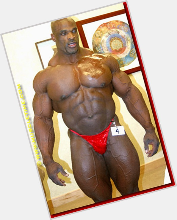 "<a href=""/hot-men/ronnie-coleman/is-he-natural-steroids-police-officer-natty-retired"">Ronnie Coleman</a>"