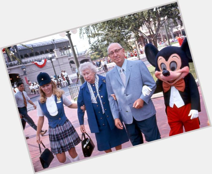 """<a href=""""/hot-men/roy-o-disney/is-he-still-alive-much-worth"""">Roy O Disney</a> Average body,  grey hair & hairstyles"""