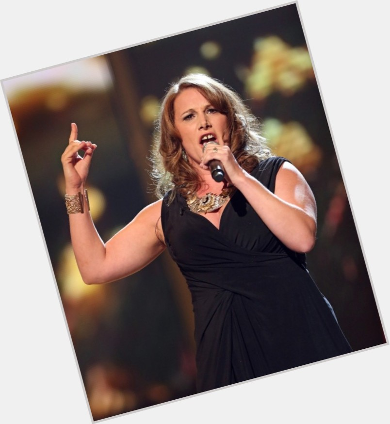 Sam Bailey dark brown hair & hairstyles Athletic body,