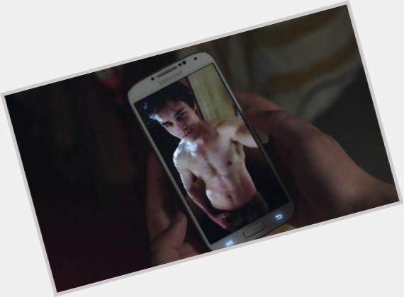 "<a href=""/hot-men/sam-underwood/where-dating-news-photos"">Sam Underwood</a> Slim body,  light brown hair & hairstyles"