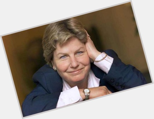 "<a href=""/hot-women/sandi-toksvig/where-dating-news-photos"">Sandi Toksvig</a> Average body,  blonde hair & hairstyles"