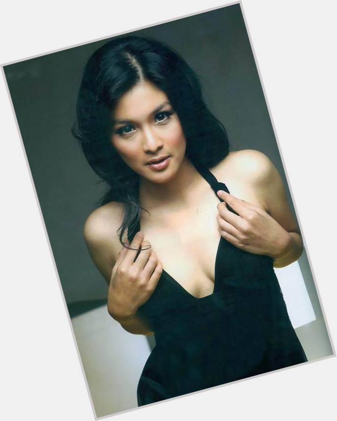Sandra Dewi marriage 7.jpg