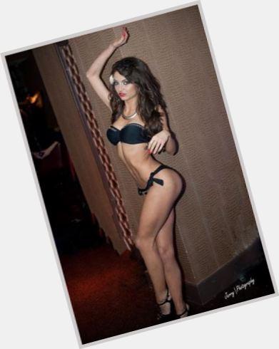Sandra Huzuneanu sexy 0.jpg