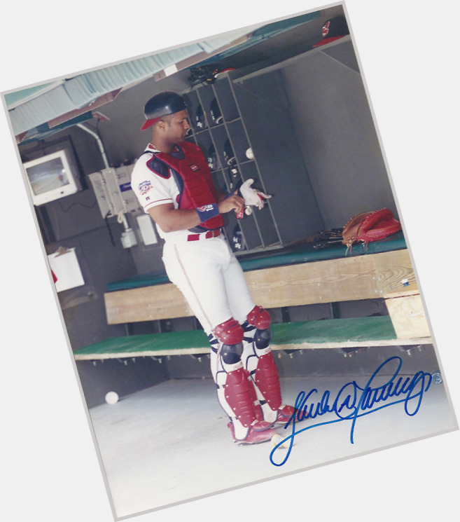"<a href=""/hot-men/sandy-alomar-jr/where-dating-news-photos"">Sandy Alomar Jr</a>"