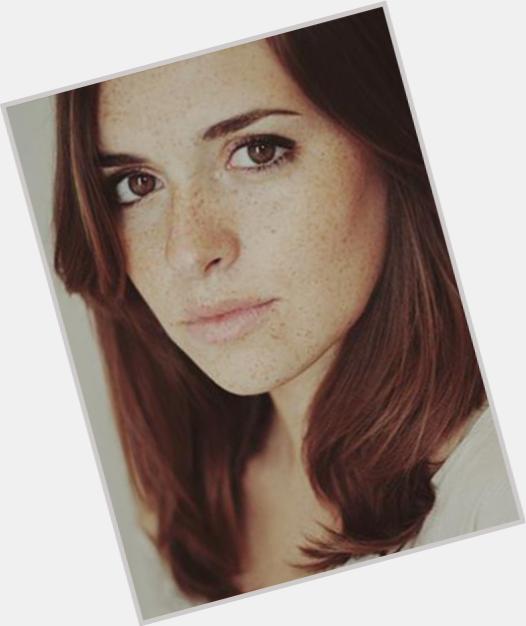"""<a href=""""/hot-women/sara-barros-leitao/where-dating-news-photos"""">Sara Barros Leitao</a> Slim body,  light brown hair & hairstyles"""