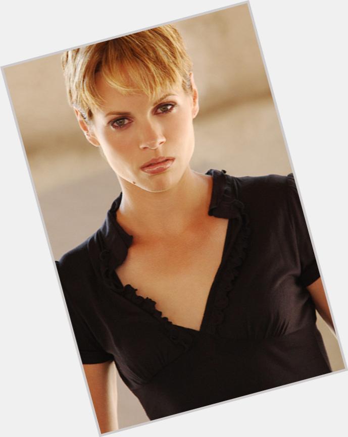 "<a href=""/hot-women/sasha-azevedo/where-dating-news-photos"">Sasha Azevedo</a> Slim body,  light brown hair & hairstyles"