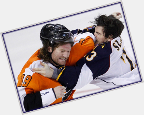 "<a href=""/hot-men/scott-hartnell/where-dating-news-photos"">Scott Hartnell</a> Athletic body,"