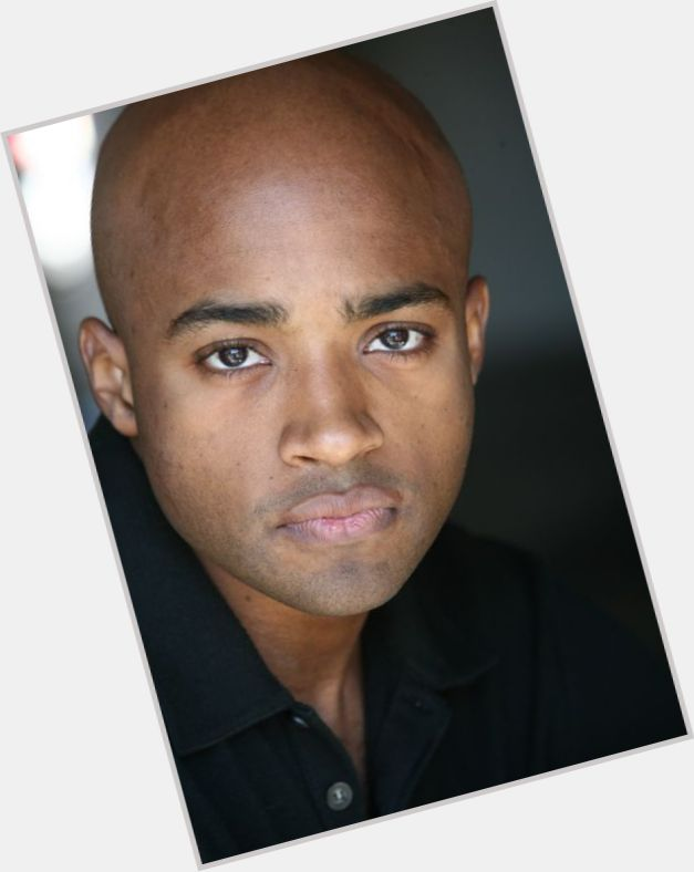"<a href=""/hot-men/sean-hampton/is-he-bi-2014"">Sean Hampton</a> Average body,  bald hair & hairstyles"