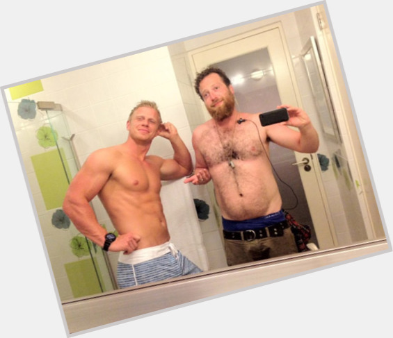 Sean Lowe full body 7.jpg