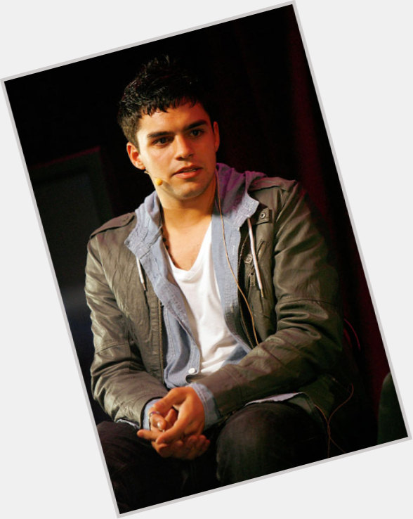 Sean Teale body 7.jpg