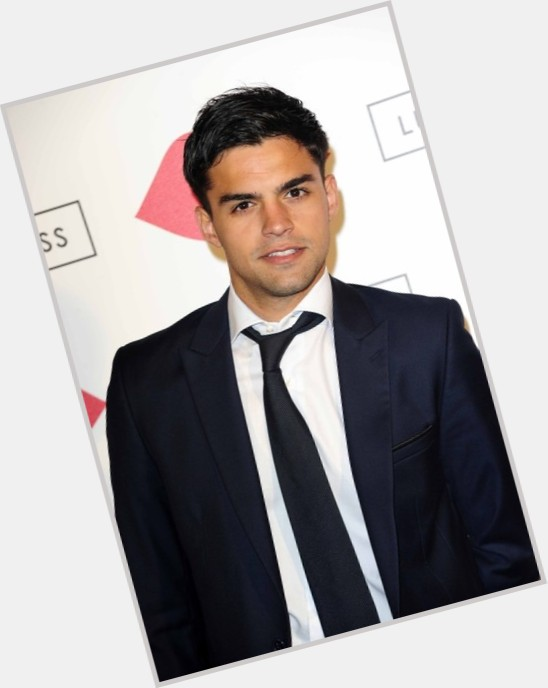 Sean Teale body 8.jpg