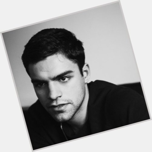 Sean Teale new pic 1.jpg