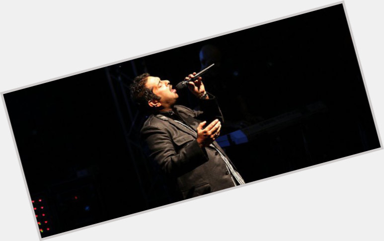 "<a href=""/hot-men/shankar-mahadevan/where-dating-news-photos"">Shankar Mahadevan</a> Athletic body,  black hair & hairstyles"