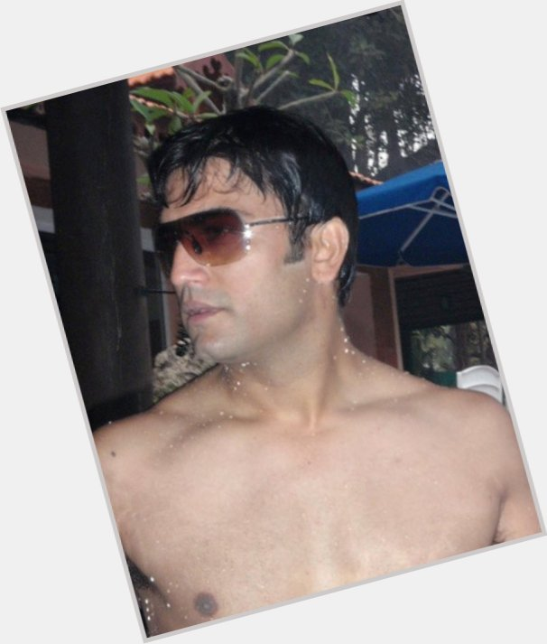 Sharad Kelkar dating 2