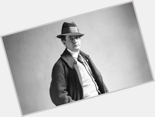 """<a href=""""/hot-men/sherwood-anderson/where-dating-news-photos"""">Sherwood Anderson</a>"""