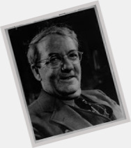 m fool sherwood anderson Sherwood anderson was born on september 13, 1876, in camden, ohio, and grew up in nearby clyde in 1898 he joined the us army and served in the spanish-american war.