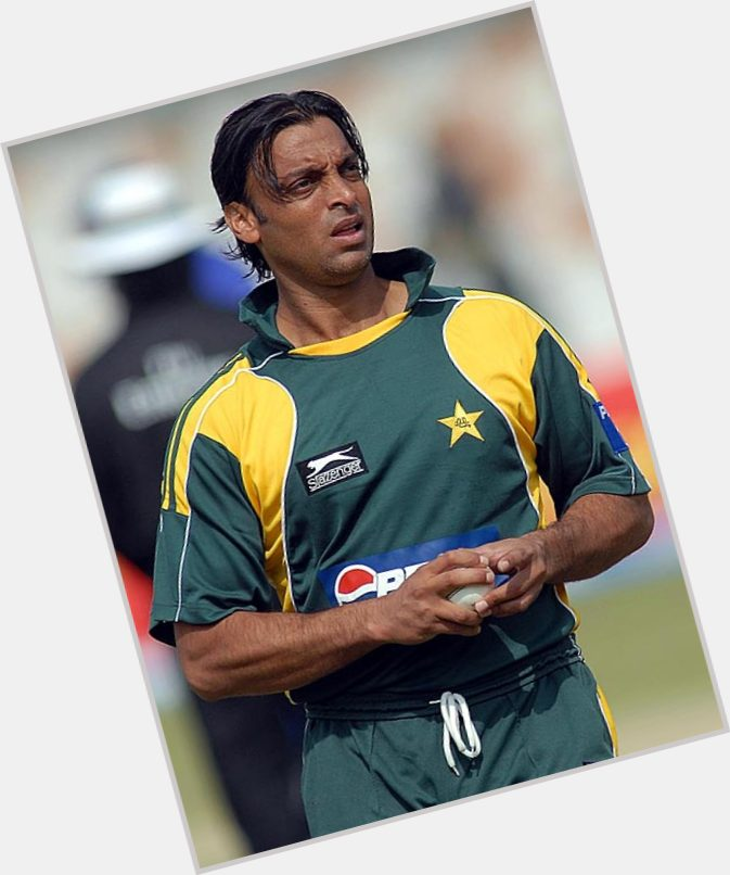 Shoaib Akhtar birthday 2015