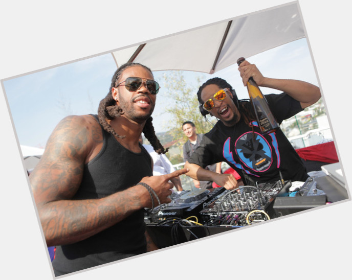 """<a href=""""/hot-men/sidney-rice/where-dating-news-photos"""">Sidney Rice</a>"""