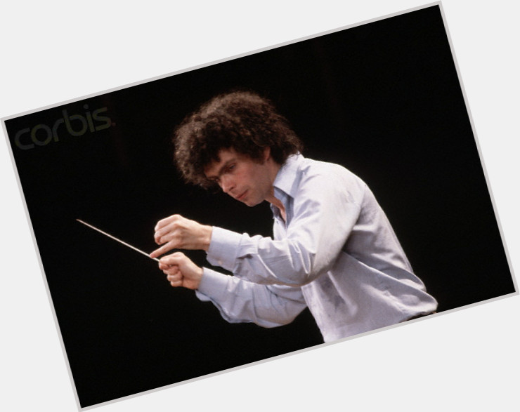 "<a href=""/hot-men/simon-rattle/where-dating-news-photos"">Simon Rattle</a>"