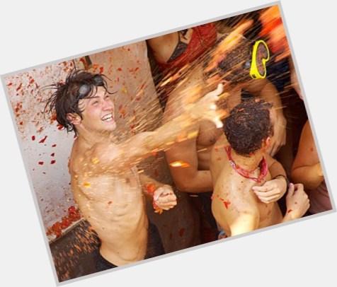 Simon Reeve sexy 9.jpg