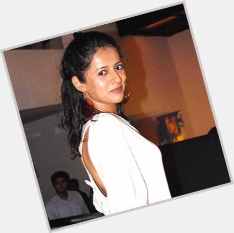Sneha Khanwalkar hairstyle 8.jpg