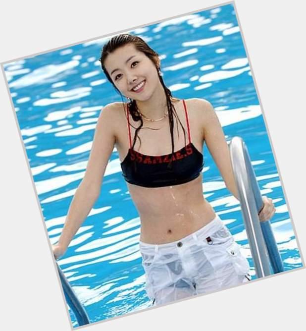"""<a href=""""/hot-women/so-yi-hyun/where-dating-news-photos"""">So Yi Hyun</a>"""