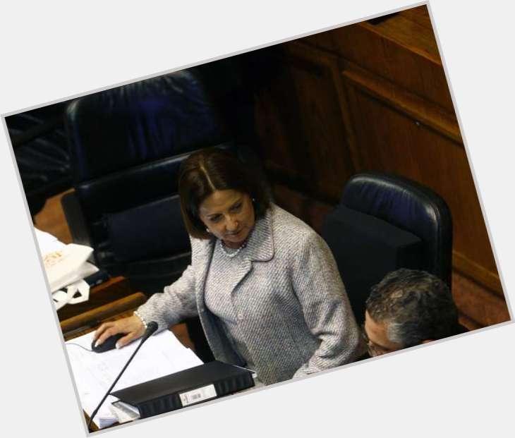 Soledad Alvear full body 6