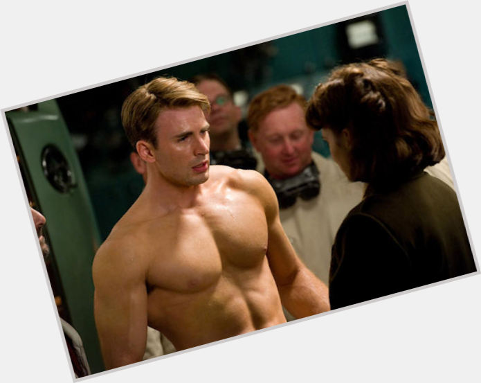 "<a href=""/hot-men/steve-rogers/is-he-dead-really-married-artist"">Steve Rogers</a> Athletic body,  light brown hair & hairstyles"