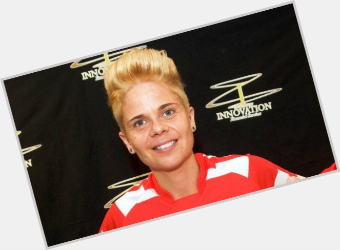 Sue Smith dyed blonde hair & hairstyles Athletic body,