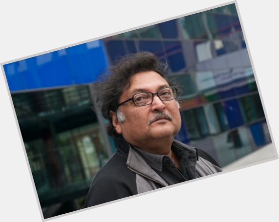 """<a href=""""/hot-men/sugata-mitra/where-dating-news-photos"""">Sugata Mitra</a>"""