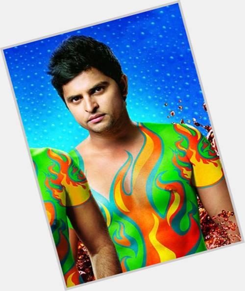 Suresh Raina dating 2