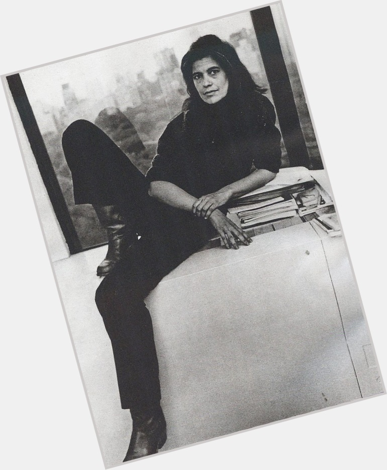 "<a href=""/hot-women/susan-sontag/where-dating-news-photos"">Susan Sontag</a> Average body,  salt and pepper hair & hairstyles"