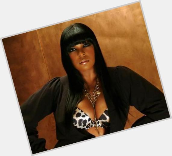"<a href=""/hot-women/syleena-johnson/where-dating-news-photos"">Syleena Johnson</a> Average body,  black hair & hairstyles"
