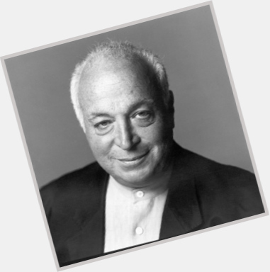 "<a href=""/hot-men/seymour-stein/is-he-still-alive"">Seymour Stein</a> Average body,  grey hair & hairstyles"